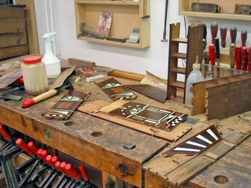 antiek restauratie, hout, restauratie, conservering, houtwerk, meubelrestauratie, restaureren, 17de eeuws object, kunstkabinet, bijzonder object, haarlem, amsterdam