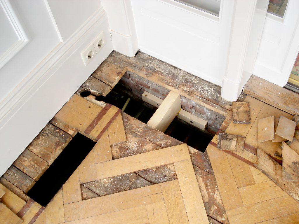 Parket, tapis, herstel, hout, restauratie, conservering, houtwerk, meubelrestauratie, restaureren