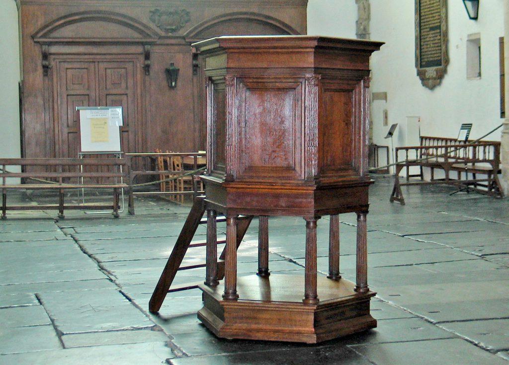 Bavokerk Haarlem, hout, restauratie, conservering, houtwerk, meubelrestauratie, restaureren, preekstoel
